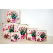 Коробки подарочные с тюльпанами